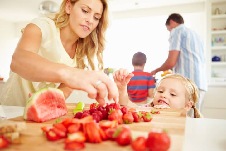 Raising Healthy Eaters from Preschool to High School